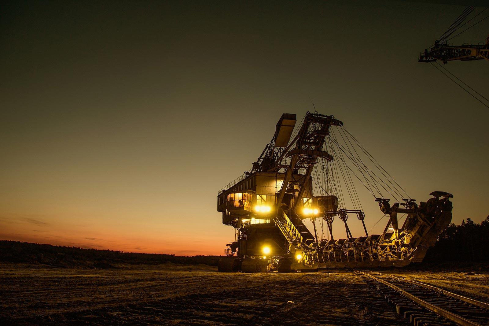 rdprofi-mining-excavator-1736293_1920a